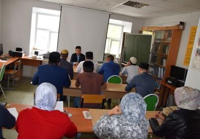 3 октября в Оренбургском «Медресе «Хусаиния» прошло заседание педагогического совета.