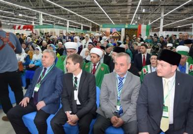 С 9 по 12 марта 2017 года директор «Медресе «Хусаиния» Альфит хазрат Шарипов принял участие в работе VII-го Межрегионального форума «Мусульманский мир-2017».