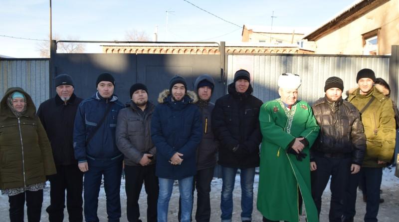 6 декабря 2018 года сотрудники РДУМОо, преподаватели и студенты «Медресе «Хусаиния» РДУМОо приняли участие в торжественном открытии мемориальной доски Рахимкуловой Мадине Фатхеевне.