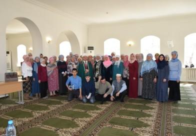 21 апреля в Центральной Соборной мечети Оренбурга РДУМОо прошел традиционный праздник Корана