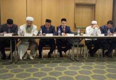 29 июля директор «Медресе «Хусаиния» РДУМОо Альфит хазрат Шарипов находится в командировке в Москве, где принимает участие в заседании Совета по исламскому образованию.