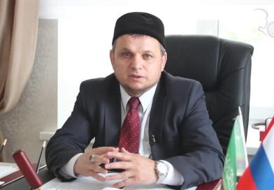 Директор «Медресе «Хусаиния» РДУМОо Альфит хазрат Шарипов поздравил верующих с окончанием Священного месяца Рамазан