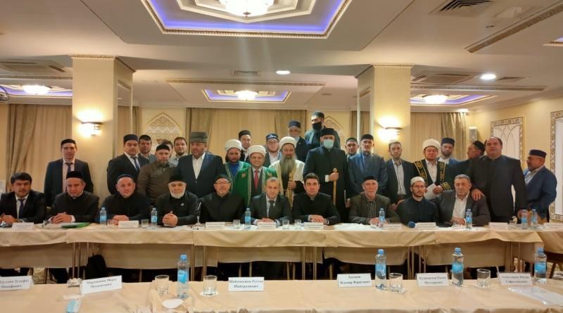 22 декабря 2020 года муфтий Оренбургской области, директор «Медресе «Хусаиния»Альфит хазрат Шарипов принял участие в расширенном заседании Совета по исламскому образованию России(СИО) в Казани.