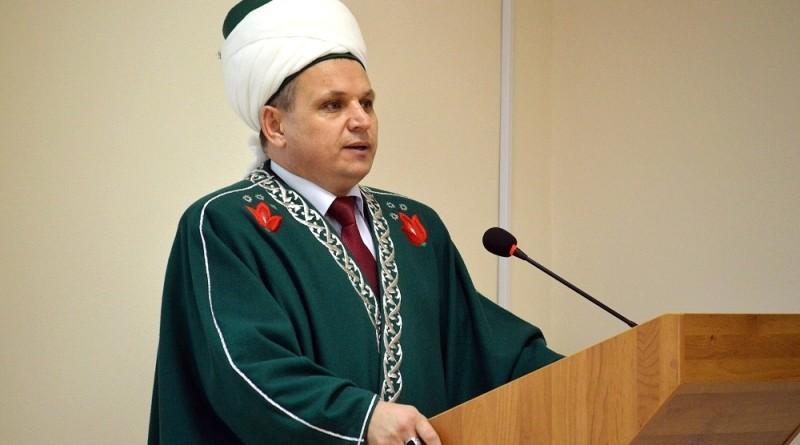 Муфтий, ректор «Медресе «Хусаиния» Альфит хазрат Шарипов поздравил верующих с наступлением Священного месяца Рамазан!
